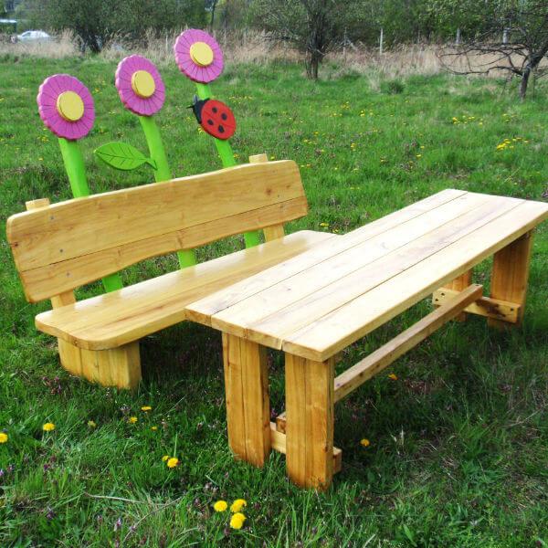 Parkové lavičky (přírodní z akátového dřeva)